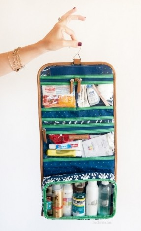 toiletry-bag-what-to-pack-in-your-overnight-bag-for-traveling